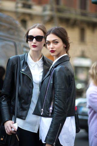 Кожаные женские куртки 2020 фото
