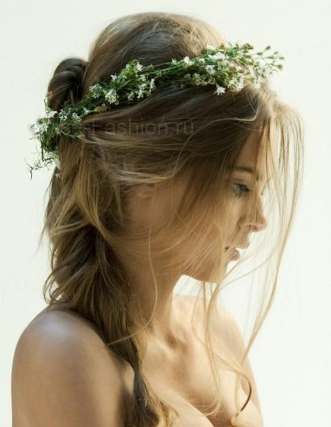 Прическа в греческом стиле с цветами фото