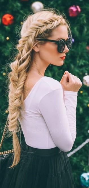Прическа с косичками фото