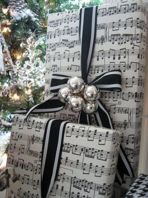 Как красиво упаковать новогодние подарки своими руками