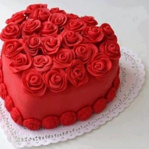 торт ко дню святого валентина в виде сердца