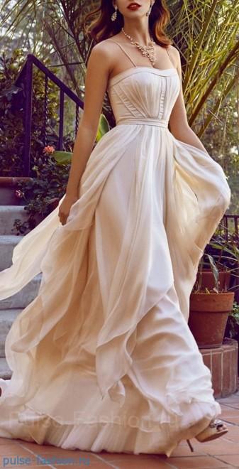 платья на выпускной 2016