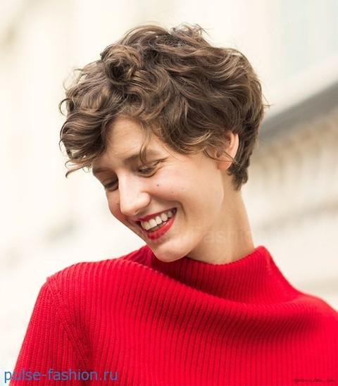 стрижки для коротких вьющихся волос 2018