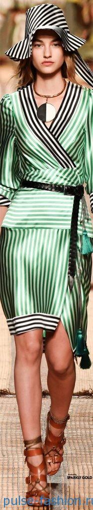 Модные атласные платья весна-лето 2017