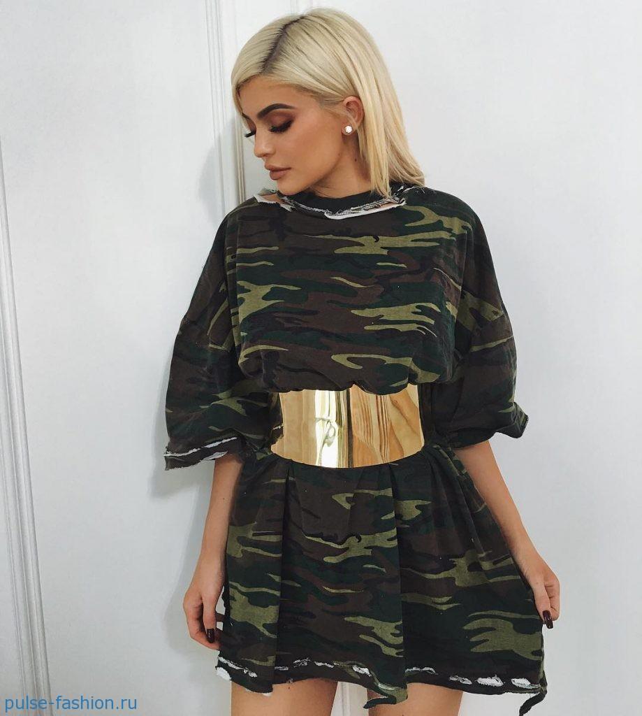 Модные платья в стиле милитари весна-лето 2017