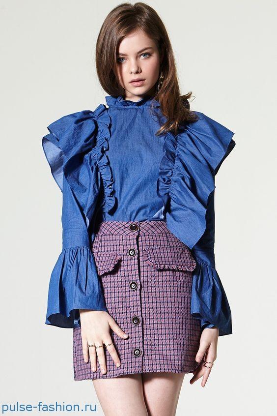 Кофты, юбки и полупрозрачные платья, рюши, оборки, кружева модные в 2019 году