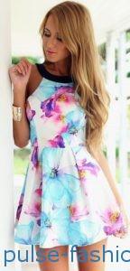 Яркие цветные и модные летние платья 2018