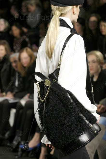 меховые сумки осень-зима 2020