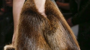 modnie-mehovie-sumki-osen-zima-20151