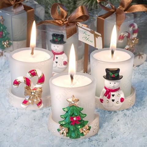 свечки с новогодним дизайном