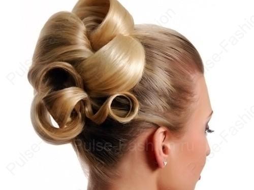 локоны на средние волосы собранные в хвост