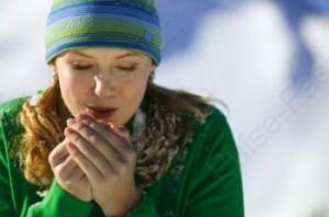 уход за кожей рук зимой с помощью масок для рук